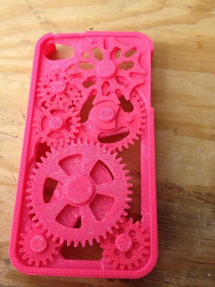 This is the first thing I 3D Printed. An iPhone case to replace my busted one. The gears work, too.