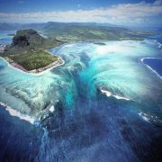 The 'Underwater Waterfall' Illusion at Mauritius Island
