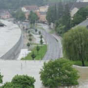 Mobile flood wall in Austria, amazing feat of engineering.