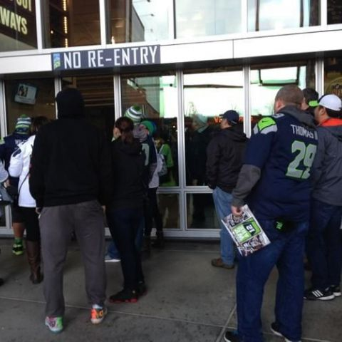 Seahawks fans not allowed in after they left early