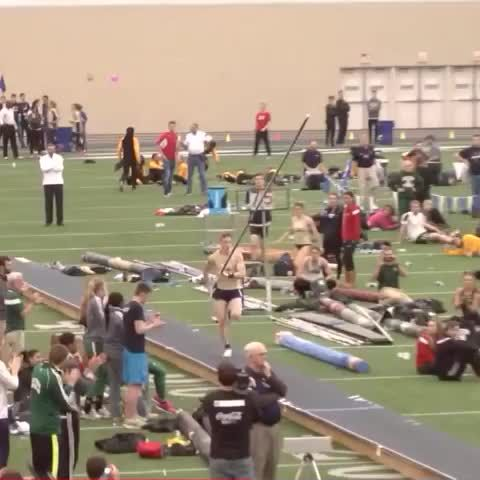 Vine of Shawn Barber's 5.88m Canadian/NCAA record clearance in the pole vault.