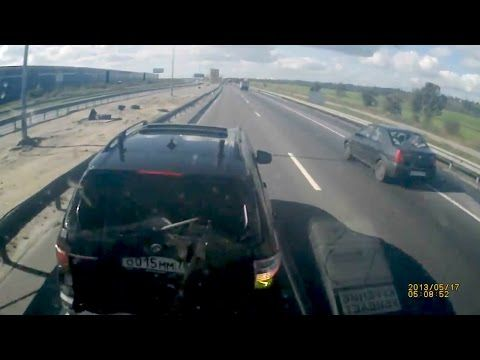 BMW X5 Driver Brake Check A 40-Tonne Truck