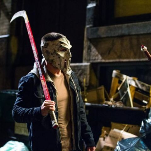 First official Image of Stephen Amell as Casey Jones in 'Teenage Mutant Ninja Turtles 2'