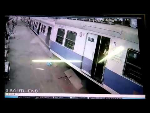 Mumbai Local Accident: Train Overshoots Platform At Churchgate!