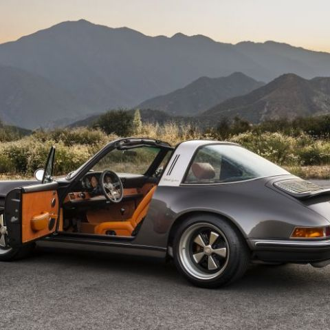 Thought I'd post my dream car since I'm going to be here until the day I die, 911 Targa reimagined by Singer