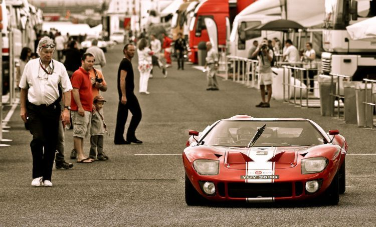 Here's an actual Ford GT-40 from 1966..