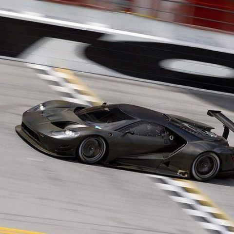 2016 Ford GT testing at Daytona