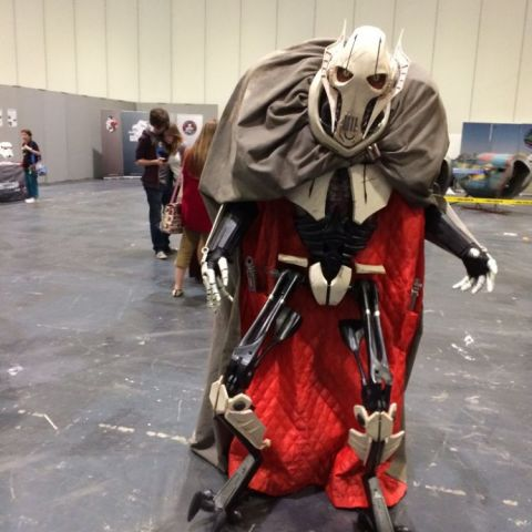 Amazing General Grievous cosplay....