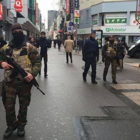 Soldiers on the streets of Brussels today as terror threat is raised to the highest level, 'serious and imminent threat'