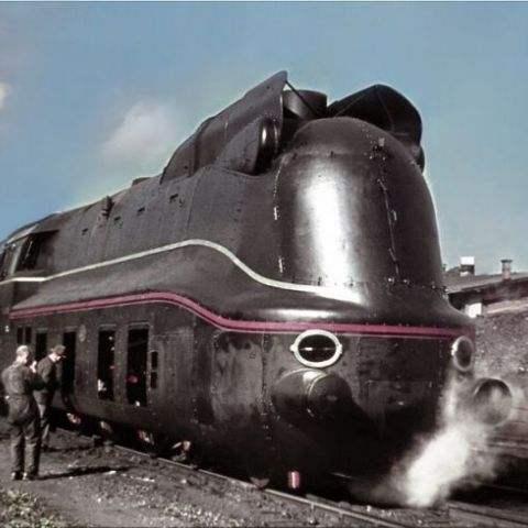 A rare color photograph showing the brand new 03 1081 Reichsbahn train at Bw Amstetten / Lower Danube. 20 September 1940
