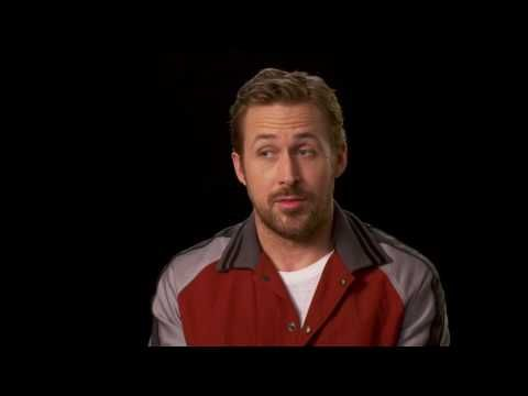 La La Land Special Features - Ryan Gosling: Piano Student